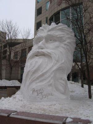 snowsculptureb2t.jpg